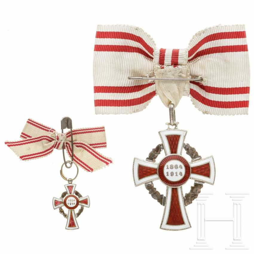 Medal of honor 2nd class of the Austrian Red Cross with war decoration, with miniature, each on a ladies' bow - photo 2