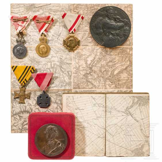 Two medals, one in a case, five awards, two maps, each kuk Austria - photo 1