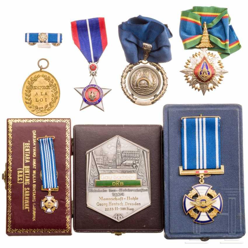 Seven international awards, 20th century - photo 3