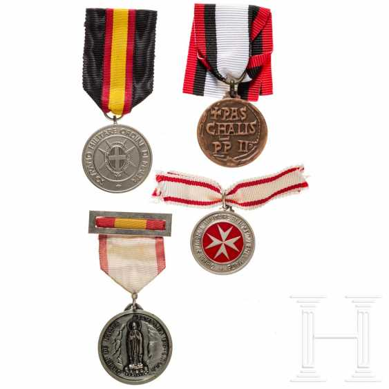 Four Maltese medals, 20th century - photo 1