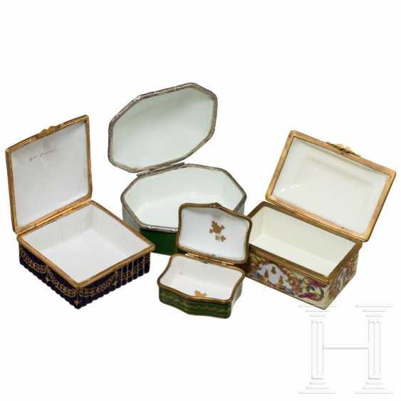 Napoleon I - four porcelain boxes - photo 3