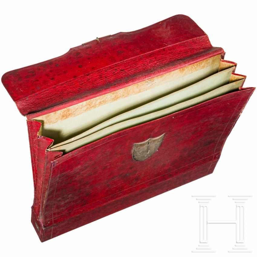 Document case made of red leather, probably Russia, 1st third of the 19th century - photo 2