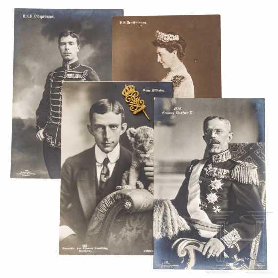 King Gustav V of Sweden - golden badge of honor on his 80th birthday - photo 1