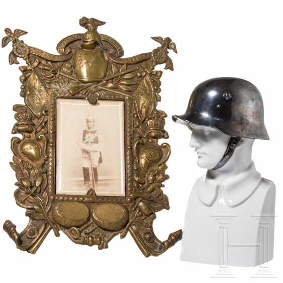 Porcelain bust of the Rosenthal manufactory, CDV photo Regiment Gardes du Corps in a frame - photo 1