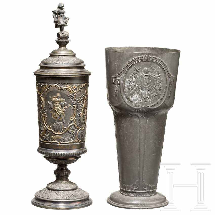 Two pewter shooting cups, 19th century - photo 1