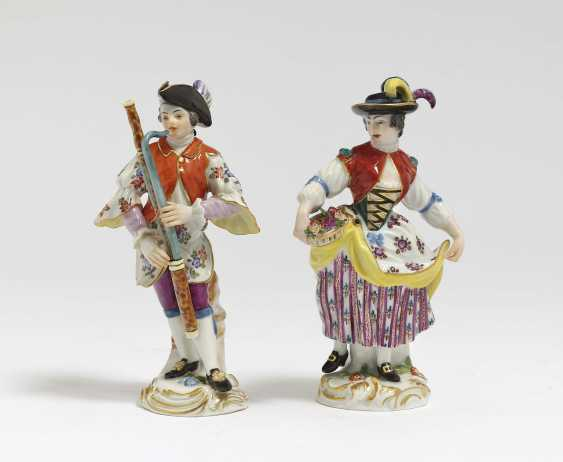 """Bassoon player from the """"Galanten Kapelle"""" and gardener's child with flower basket Meissen, based on a model by FE Meyer and JJ Kellers - photo 1"""