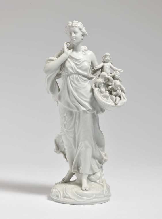 Cupid seller Meissen, model by Paul Helmig - photo 1