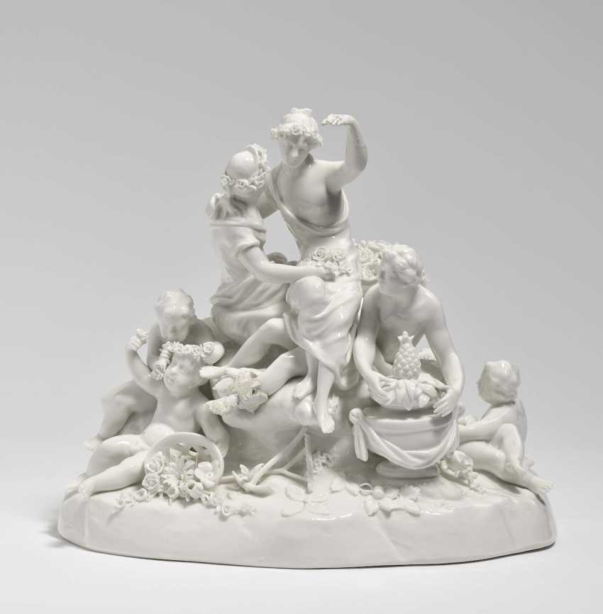 Group with Flora and Pomona Nymphenburg, based on a Frankenthal model by Johann Adam - photo 1