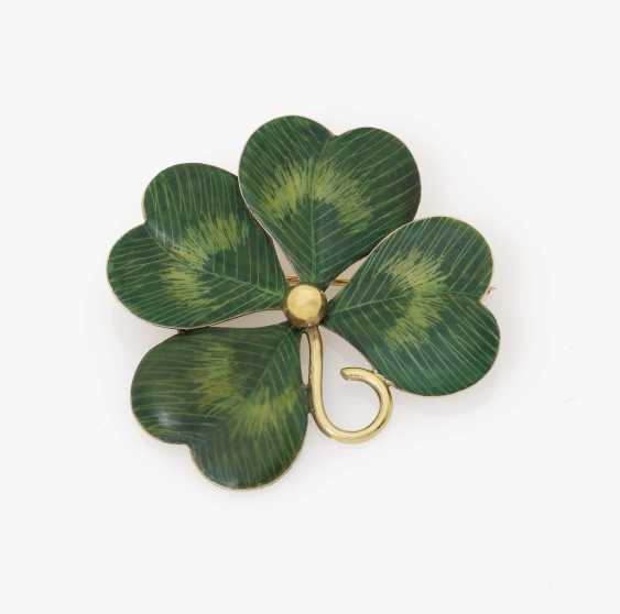 Brooch in the shape of a four-leaf clover Newark, New Jersey, USA, around 1900, KREMENTZ & CO - photo 1