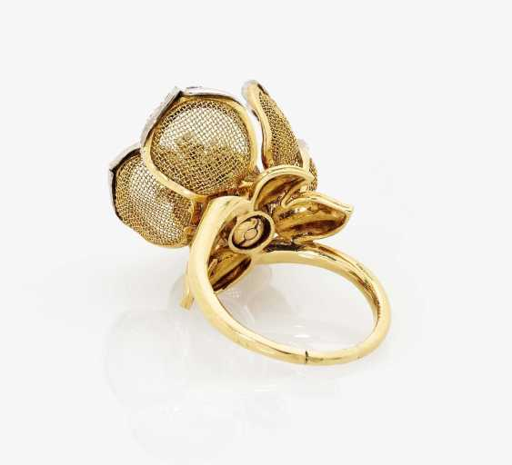 Ring with moving leaves and pistils France, 1980s - photo 2
