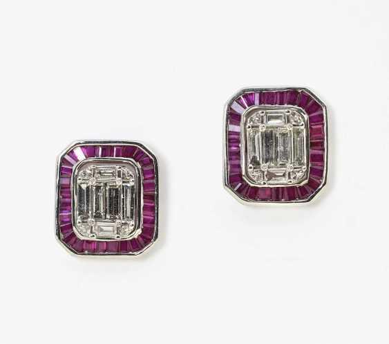 Ein Paar Ohrstecker mit Rubinen und Diamanten - verwandelbar Deutschland  - Foto 1