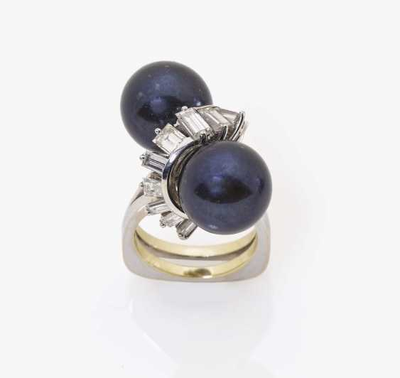 Ring with two Tahitian cultured pearls and diamonds Germany, 1980s - photo 2