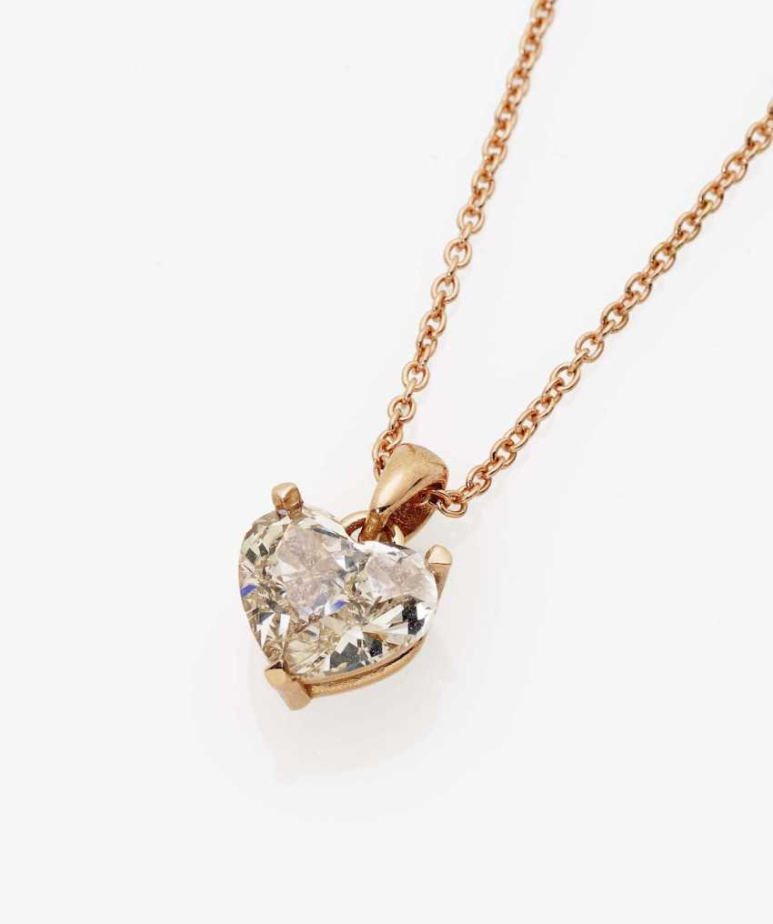 Pendant chain with a natural light brownish diamond in heart shape Germany - photo 1