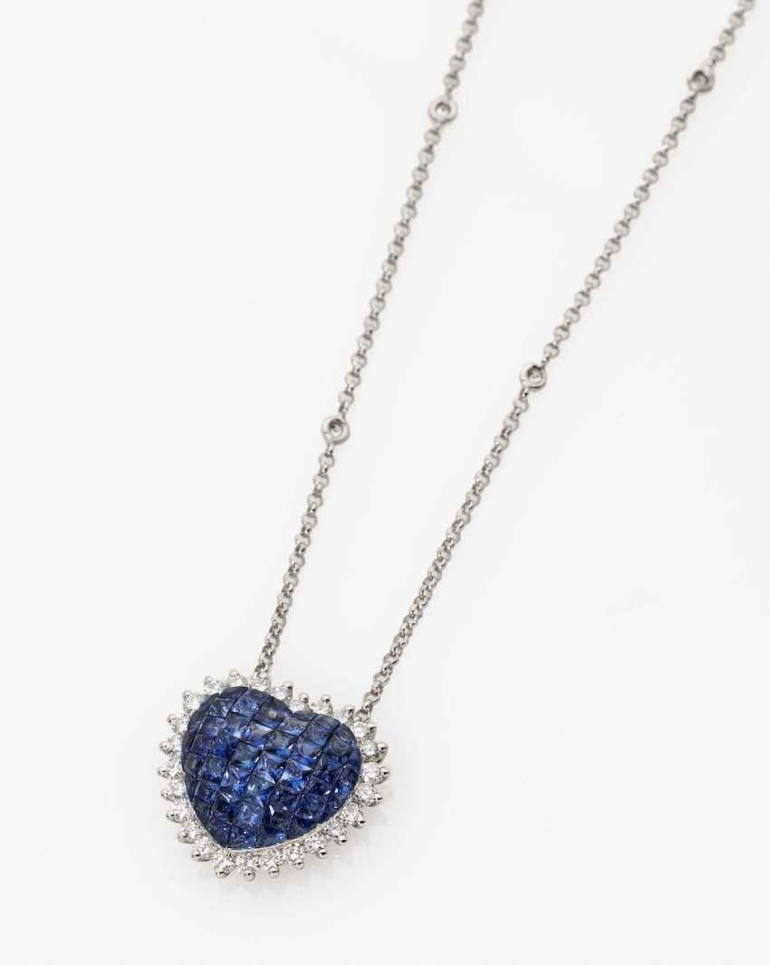 Heart pendant chain with sapphires and diamonds Germany - photo 1