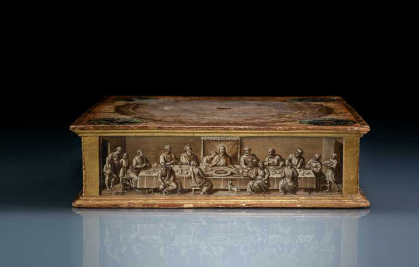 Rare relic stand with polychrome and grisaille painting - photo 3