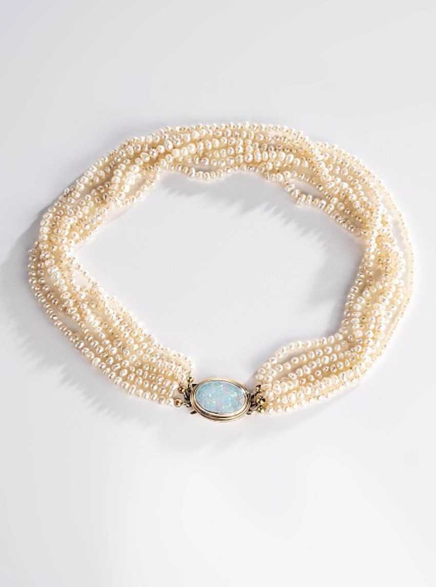 Pearl necklace - photo 1