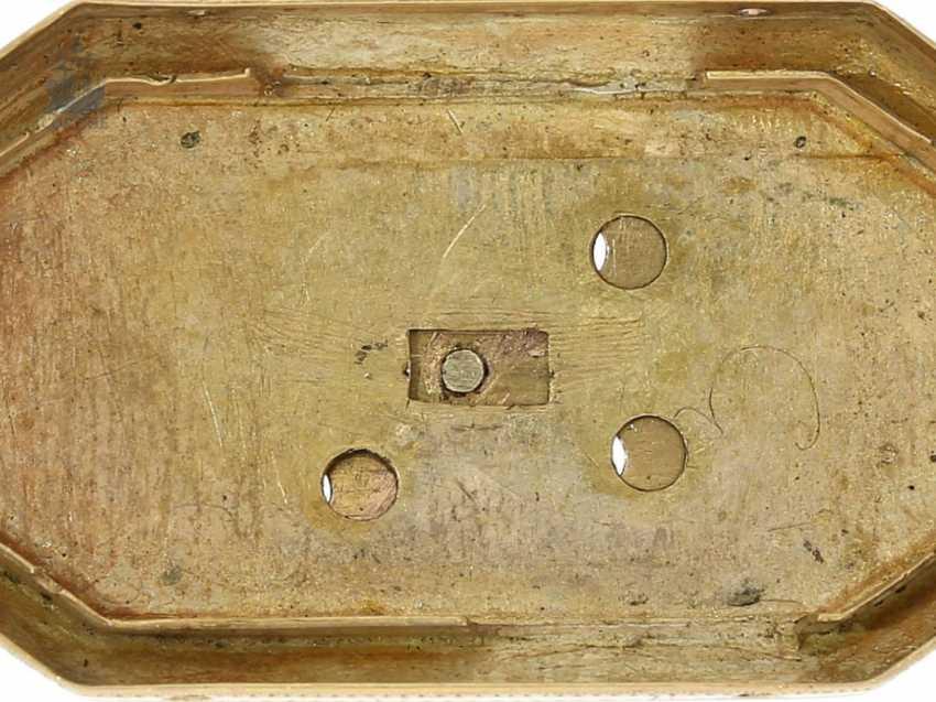 """montre de forme: muséale Émail Broche """"Tortue"""" à Horloge interne, Balancier visible et riche de Diamants, attribuée à Piguet et Capt, Geneva, circa 1810 - photo 7"""