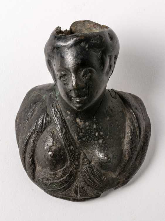 Female bust (Venus) as a door handle - photo 1