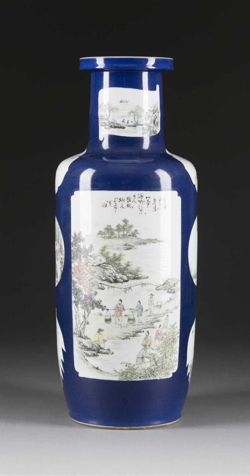 LARGE VASE WITH FIGURAL SCENES - photo 1