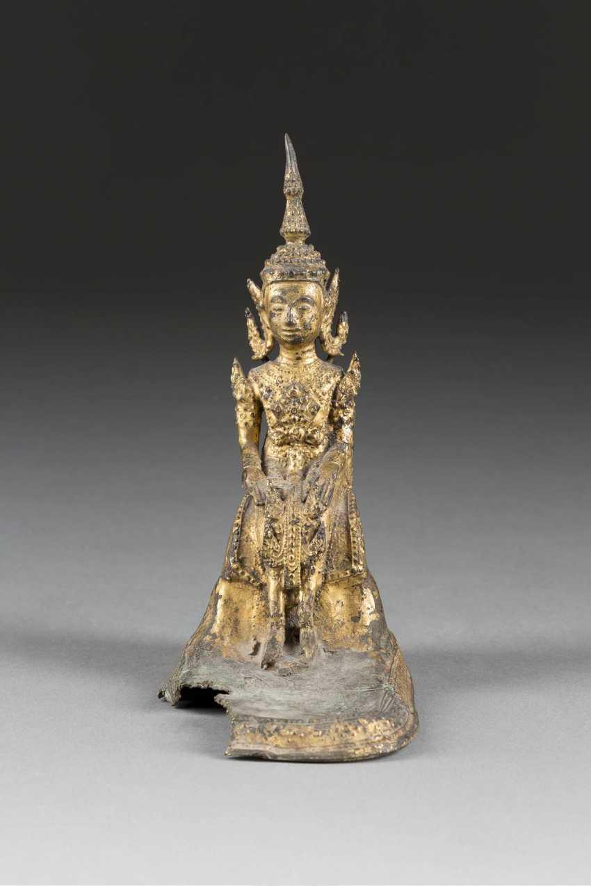 SITTING BUDDHA - photo 1