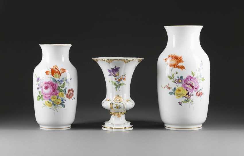Große Vasen drei grosse vasen blumenbouquet meissen 20 jahrhundert