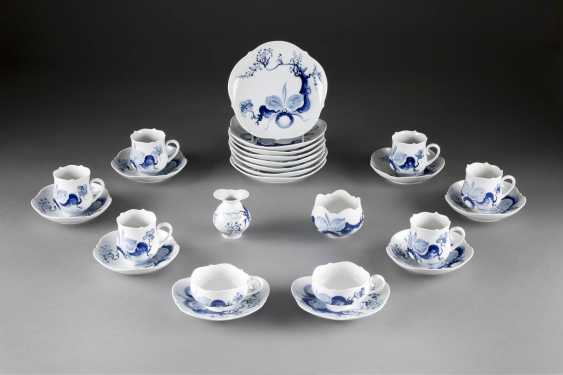 18-PIECE rest service 'ORCHID ON tree BRANCH' in German, Meissen, 20. Century - photo 1