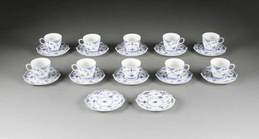 10 mocha cups WITH SAUCERS 'MUSSELMALET - full lace Denmark, Royal Copenhagen, 20. Century - photo 1