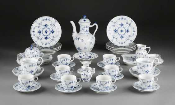 26-PIECE COFFEE SERVICE 'MUSSELMALET - RIBBED' - photo 1