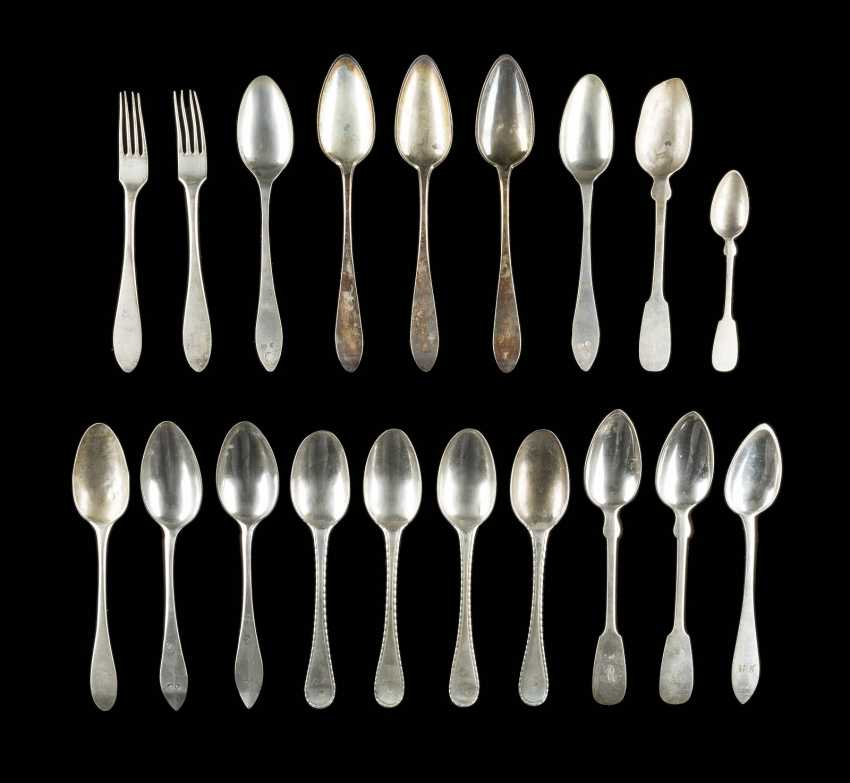 COLLECTION OF SEVENTEEN SPOONS AND TWO FORKS - photo 1