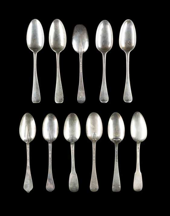 COLLECTION OF ELEVEN SPOONS - photo 2