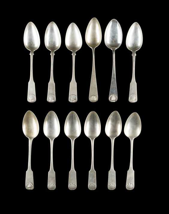 COLLECTION OF TWELVE DINING SPOONS - photo 1