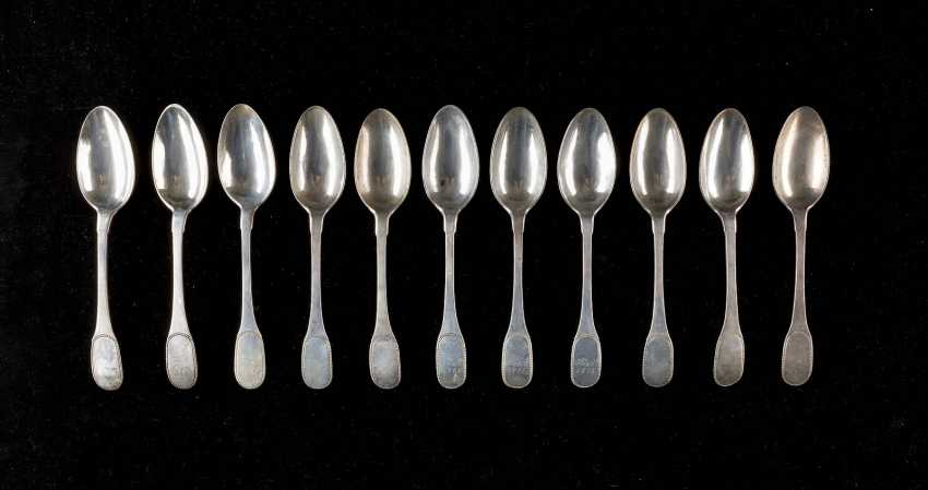 SET OF ELEVEN CLASSICAL DINING SPOONS - photo 1