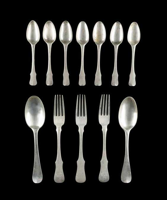 TWELVE NORTH GERMAN PIECES OF CUTLERY - photo 1