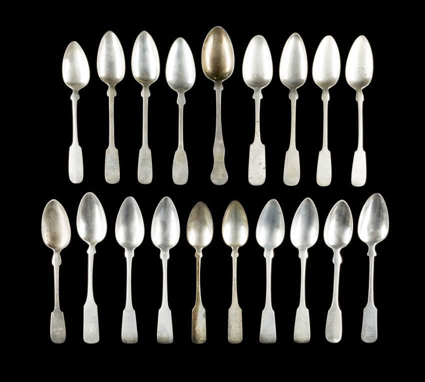 COLLECTION OF NINE TEN DINING SPOONS - photo 1