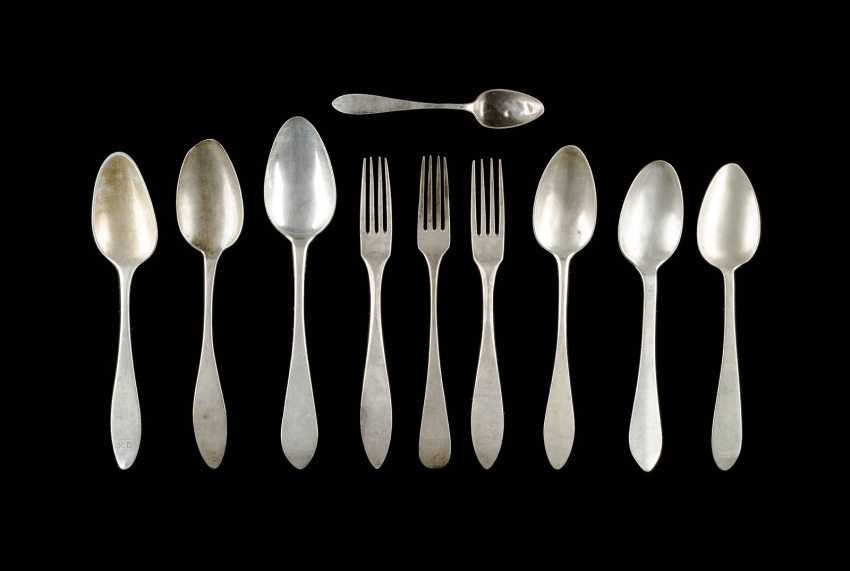 COLLECTION OF TEN CUTLERY PARTS - photo 1