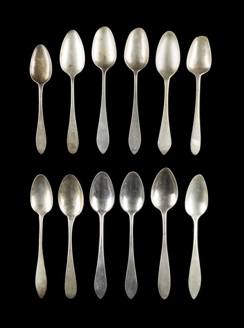 COLLECTION OF TWELVE SPOONS - photo 1