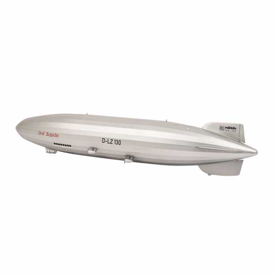 """MÄRKLIN airship """"Graf Zeppelin"""" 11400, one-time special series for the MHI from 1999, - photo 2"""