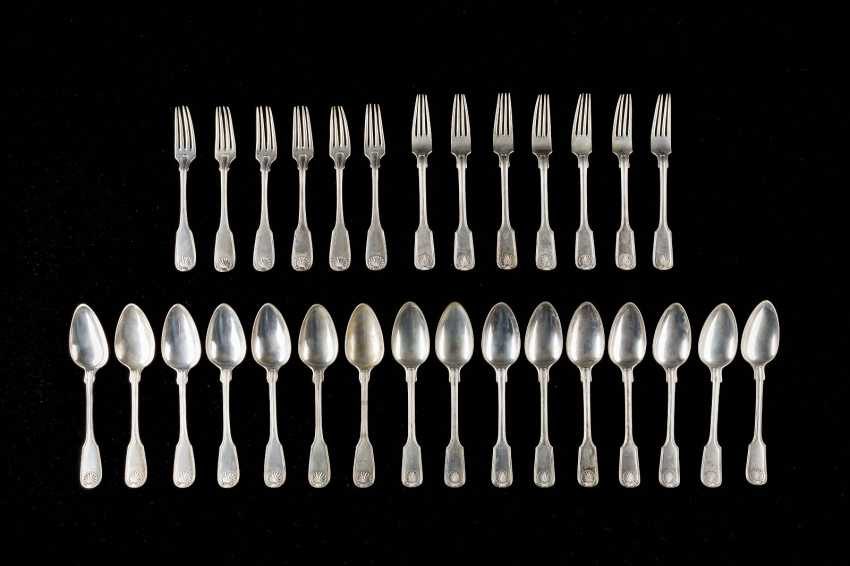 13 DINING FORKS, AND 16 DINING SPOON - photo 1