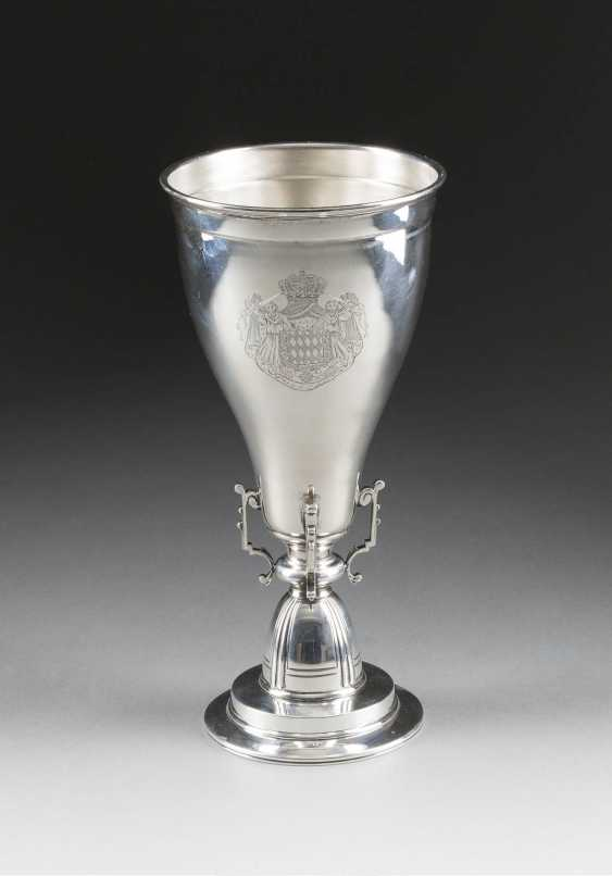 CUP WITH THE COAT OF ARMS OF THE PRINCES OF MONACO - photo 1