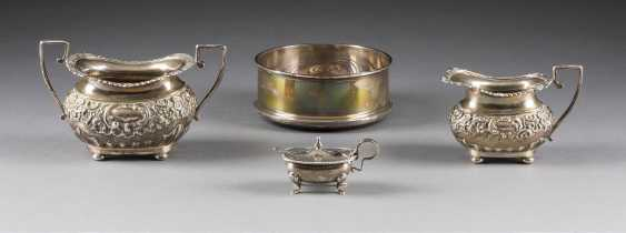 CREAMER, SUGAR BOWL, CONDIMENT BOWL WITH SPOON AND ROUND BOWL - photo 1