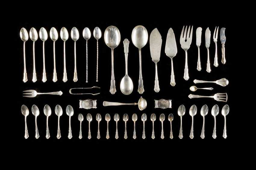 206-PIECE REST CUTLERY AND A TRAY - photo 6