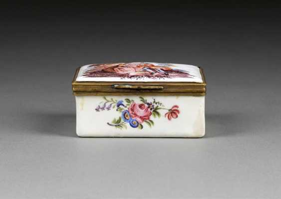 SNUFF-BOX MIT LIEBESPAAR - photo 1
