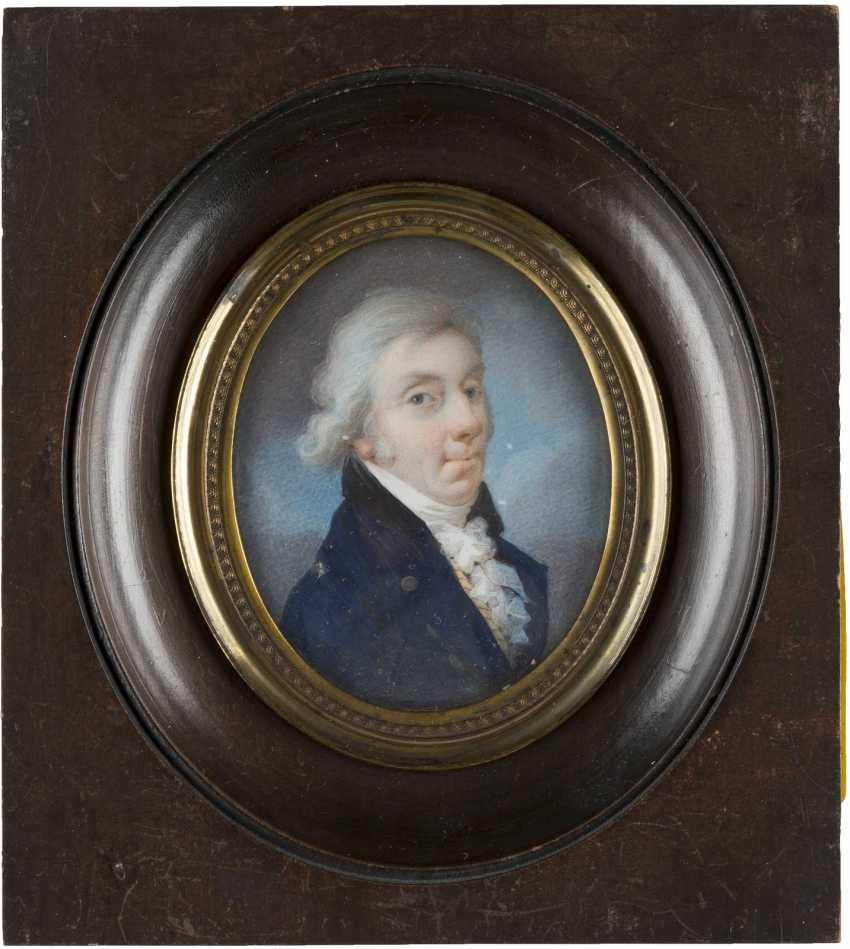 PORTRAIT OF A GENTLEMEN IN BLUE ROCK - photo 1