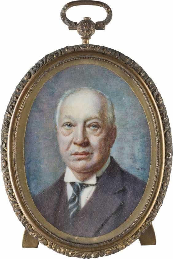 PORTRAIT OF THE COMMERCIAL COUNCIL, LEOPOLD OSCAR HARTENSTEIN (1862-1931) - photo 1