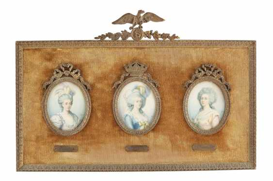 SIX MINIATURES WITH MEMBERS OF THE FRENCH ROYAL FAMILY AND RULERS - photo 2