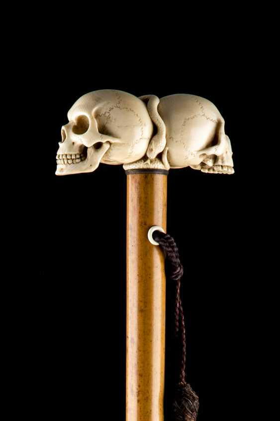 WALKING STICK WITH A DOUBLE-SKULL AND CROSSBONES - photo 2
