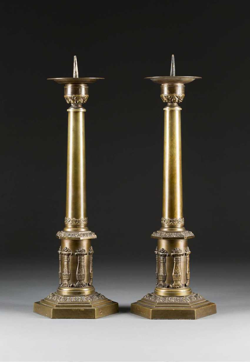 PAIR OF NEOCLASSICAL CANDLESTICKS - photo 1