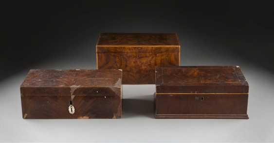 THREE BIEDERMEIER CASKET - photo 1