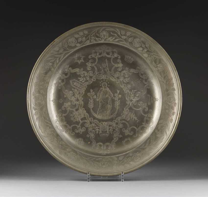 RARE LARGE PEWTER PLATTER WITH MAKER'S MARK - photo 1