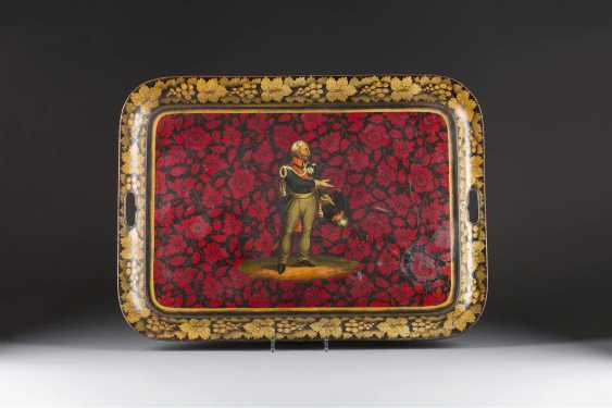 LARGE TRAY WITH THE REPRESENTATION OF GENERAL FIELD MARSHAL GEBHARD LEBERECHT VON BLÜCHER - photo 1